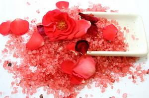 соль для ванн с ароматом розы