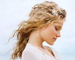 волнистые волосы, прически на длинные волосы