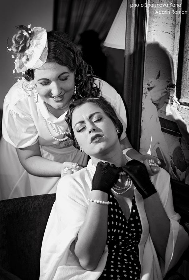 Вы просматриваете изображения у материала: Фотосессия Нуар | фотографы Яна Шаршова и Роман Апарин