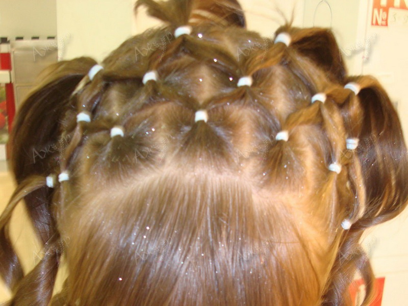 Вы просматриваете изображения у материала: Студия плетения кос при школе-студии Ваниль